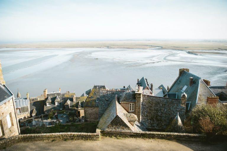Vue sur l'océan depuis le Mont Saint Michel
