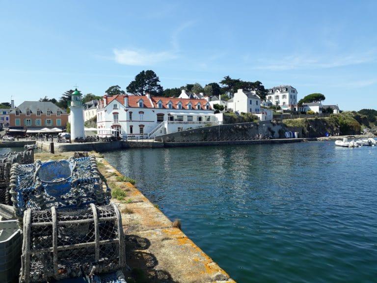 Cages de pêcheurs den Bretagne