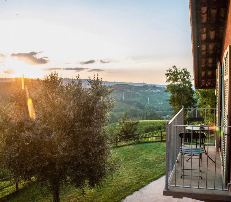 Chambre avec balcon dans un agritourismo